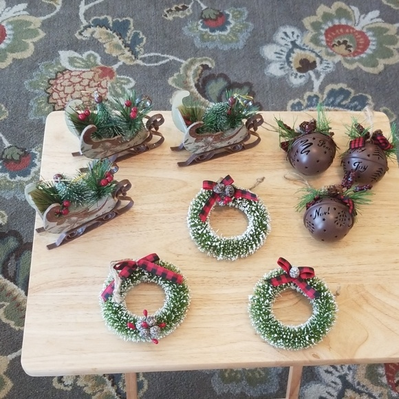 None Other - 9 Christmas Ornaments